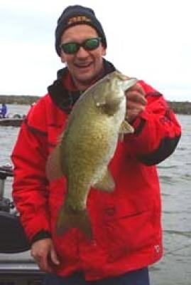 Smallmouth Bass Fishing Guide for Green Bay Wisconsin